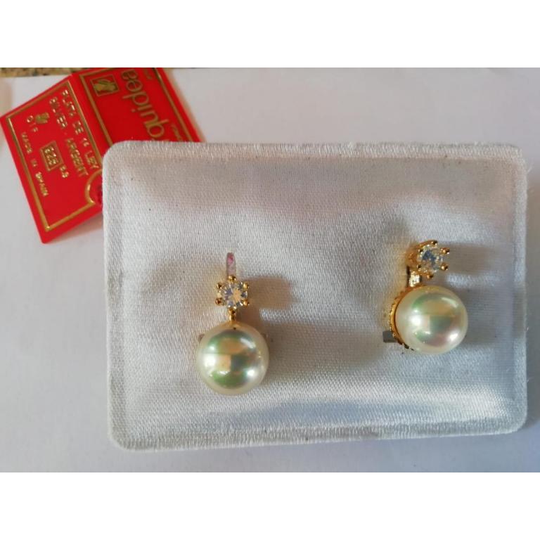 Orquidea pendientes perla